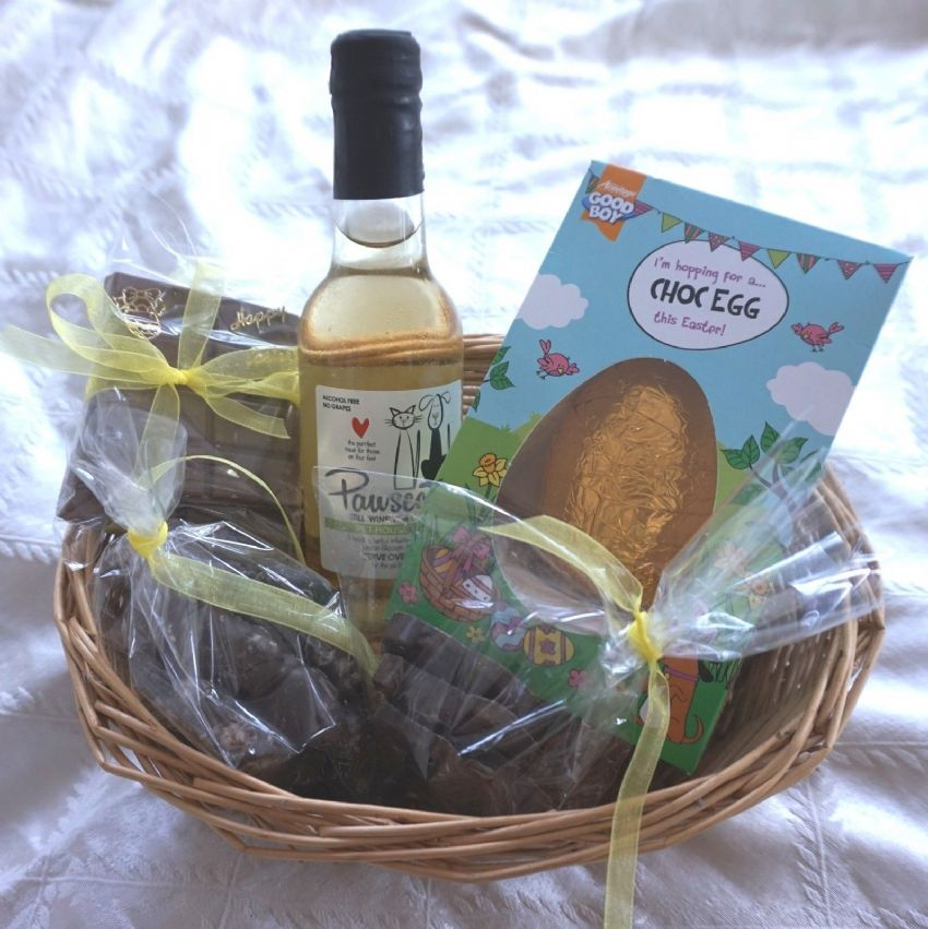 DOG EASTER HAMPER WITH EASTER EGG & DOG SAFE WINE CHOCOLATE TREATS GIFT WRAPPED